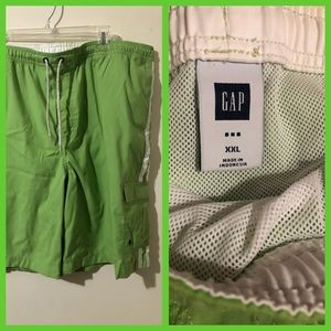 Gap XXL green board shorts